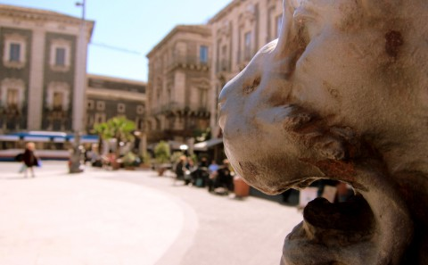 122 Lion in the piazza - Sicily - photo - Rob Vandermark