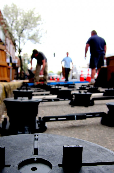 Parklet assembly for the Ride Studio Cafe - photo - Rob Vandermark