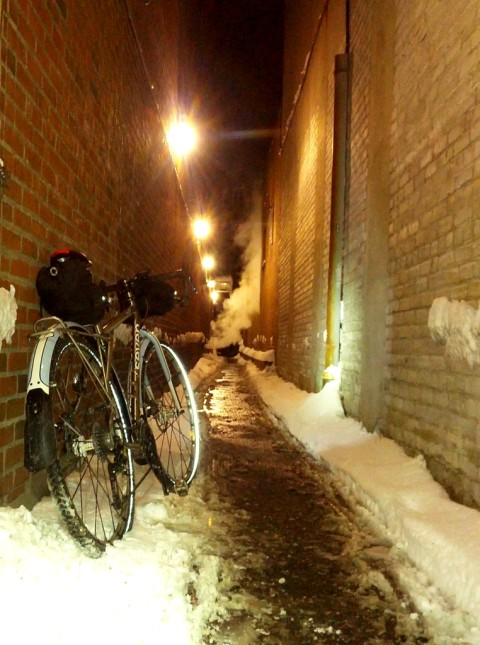 Winter alley - photo - Rob Vandermark