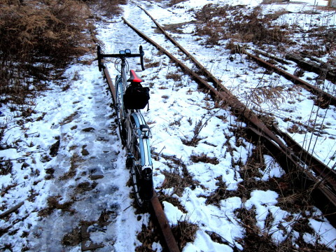 Icy tracks to nowhere - photo - Rob Vandermark