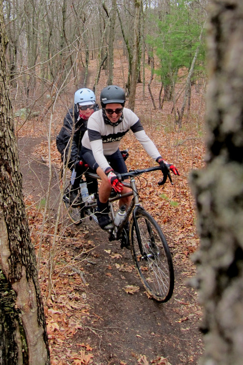 Tandem Woods Riding - photo - Rob Vandermark